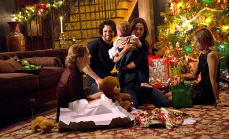 Merry Christmas - The Originals Season 3 Episode 9