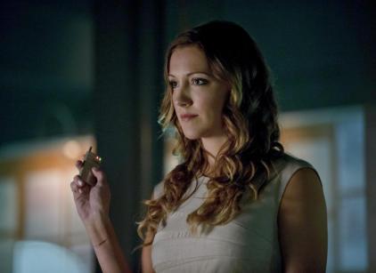 Watch Arrow Season 2 Episode 3 Online