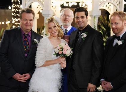 Watch Modern Family Season 4 Episode 17 Online