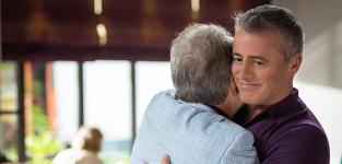 Episodes Season 4 Episode 8 Review: The Decay of Matt LeBlanc