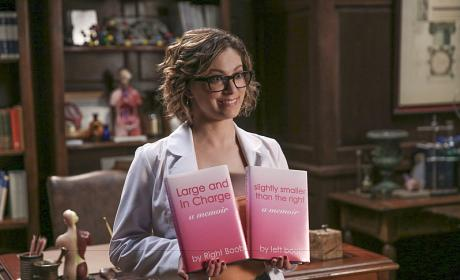 Crazy Ex-Girlfriend Season 1 Episode 16 Review: Josh's Sister Is Getting Married!