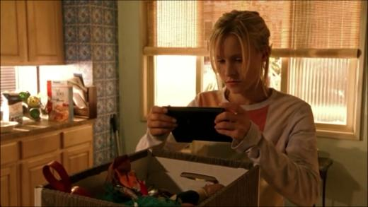 Veronica Mars Looks Back