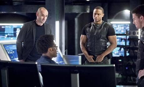 Arrow Season 4 Episode 17 Review: Beacon of Hope