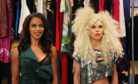90210 Episode Preview: Catfights and Catwalks