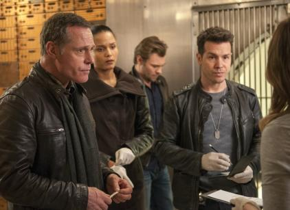 Watch Chicago PD Season 1 Episode 11 Online