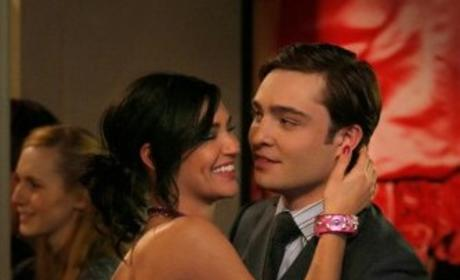 Gossip Girl Spoilers: Do Vanessa and Chuck Hook Up?!