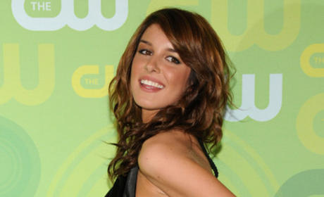 Shenae Grimes Denies Eating Disorder