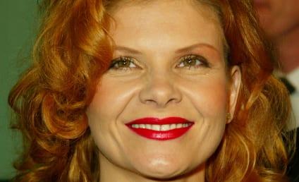 Lolita Davidovich to Guest Star on Rizzoli & Isles