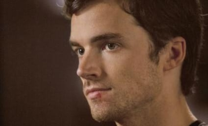 "Ian Harding Teases A Reveal, ""Juiciness"" to Come on Pretty Little Liars"
