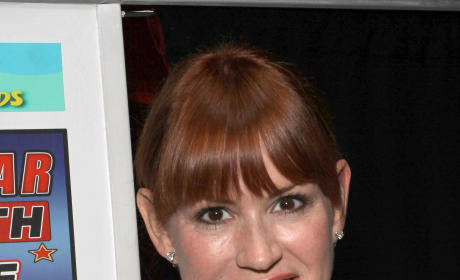 Molly Ringwald to Play a Nurse on Psych