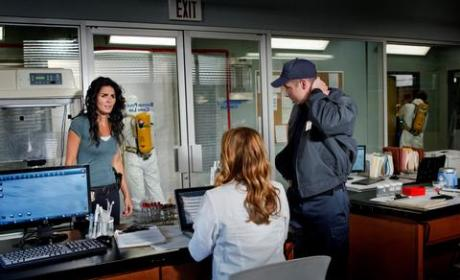 Rizzoli & Isles Review: Men in Tights or Mennonites?