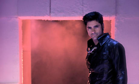 Glee Does The Rocky Horror Picture Show: First Look
