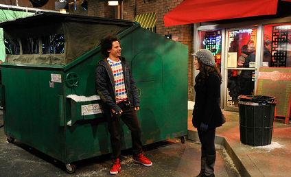 2 Broke Girls Review: Dumpster Diving