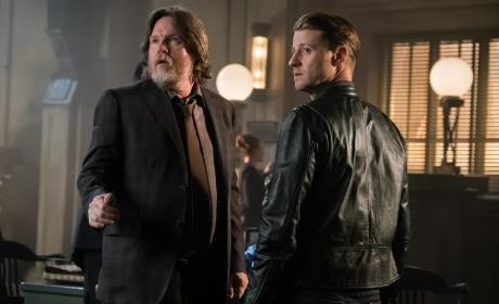 What is it Now? - Gotham Season 3 Episode 3
