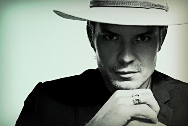 Timothy Olyphant as Raylan
