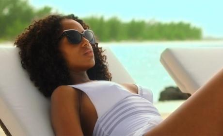 Sexy Saturday: 21 TV Characters Cooling Off in Swimsuits