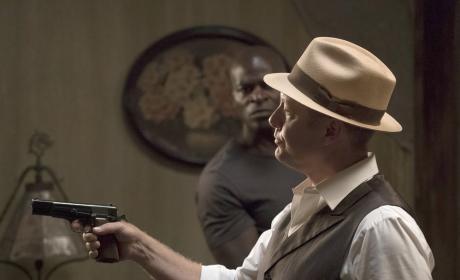 Put your hands up - The Blacklist Season 4 Episode 1