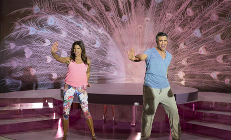 Jane the Virgin: Watch Season 1 Episode 21 Online
