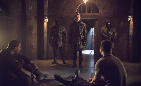 Maseo Checks In - Arrow Season 3 Episode 15