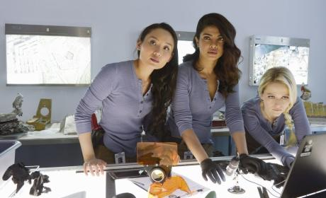 Quantico Season 1 Episode 21 Review: Right