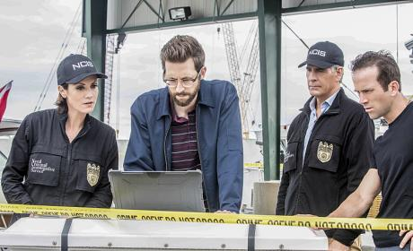 NCIS: New Orleans Season 2 Episode 23 Review: The Third Man