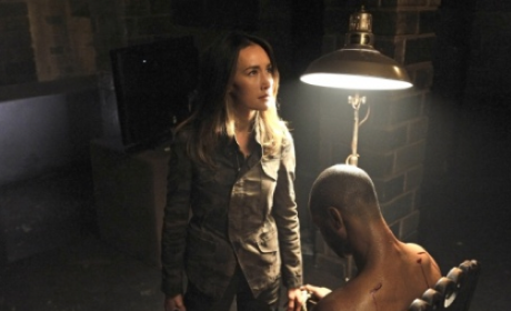 Nikita Review: And the Mole is....