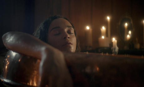 Salem Season 2 Teaser: Bathtime's About to Get Bloody