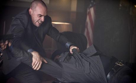 You're Outta Here! - Arrow Season 3 Episode 11