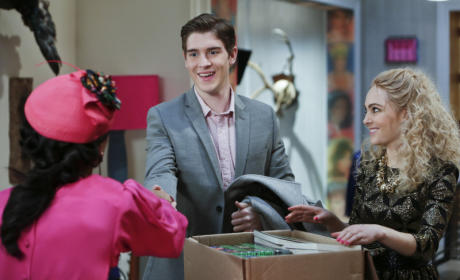 The Carrie Diaries Review: 17 Again