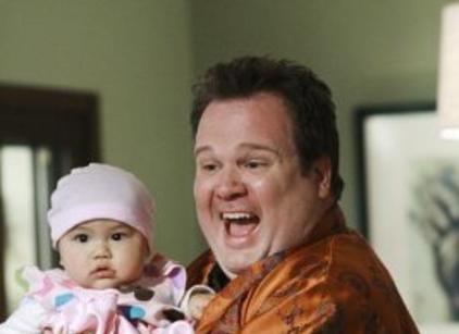 Watch Modern Family Season 1 Episode 1 Online
