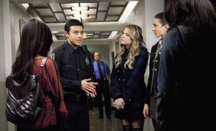 """Pretty Little Liars Review: """"A Person of Interest"""""""