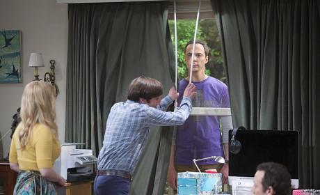 Sheldon Copes in Unique Ways - The Big Bang Theory Season 9 Episode 1