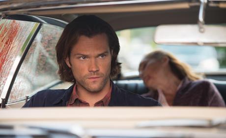 Sam checking the mirror - Supernatural Season 11 Episode 4