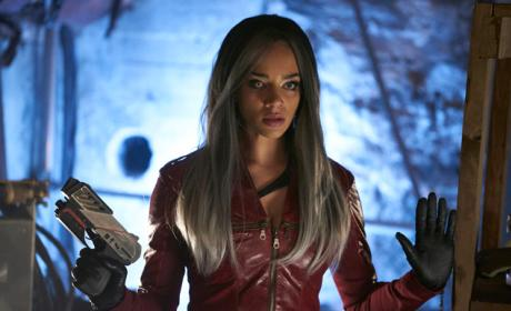 Killjoys Season 2 Episode 1 Review: Dutch and the Real Girl