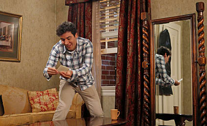 "How I Met Your Mother Producers React to Premiere, Series ""Finish Line"""