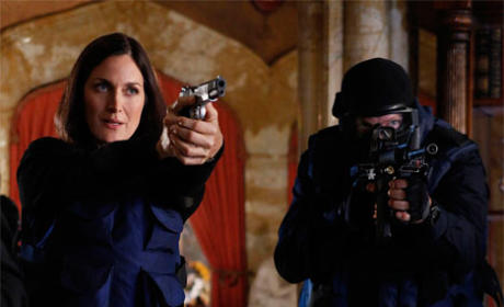 Carrie-Anne Moss to Star Opposite Dennis Quaid and Michael Chiklis on CBS Pilot