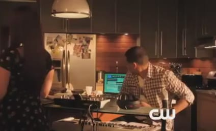 90210 Sneak Peek: Big News for Dixon