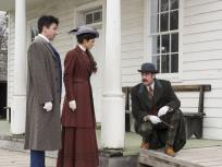 Investigating in a Small Town - Houdini & Doyle
