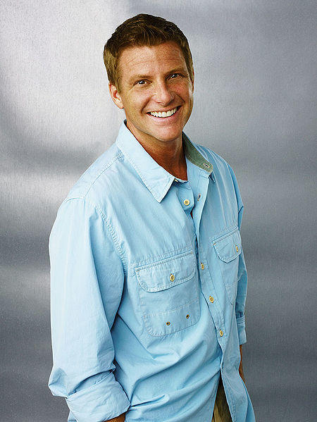 Doug Savant as Tom Scavo