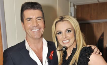 Simon Cowell Campaigns for Britney Spears