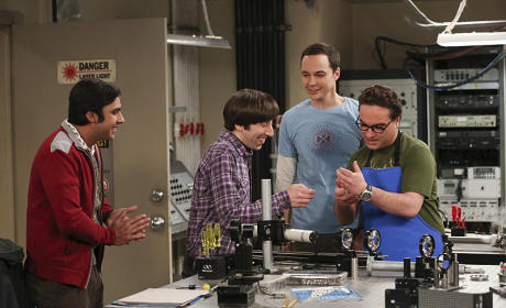 The Big Bang Theory: Watch Season 8 Episode 14 Online