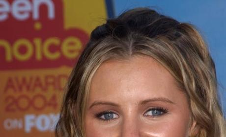 Beverley Mitchell to Guest Star on The Secret Life of the American Teenager
