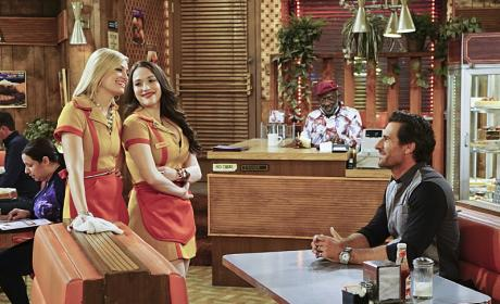 Watch 2 Broke Girls Online: Season 5 Episode 18