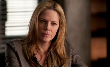 Mary McCormack: Pregnant on In Plain Sight and In Real Life!