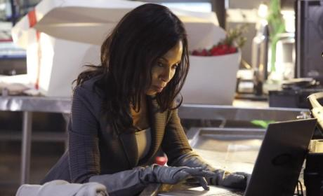 Scandal: Watch Season 3 Episode 17 Online