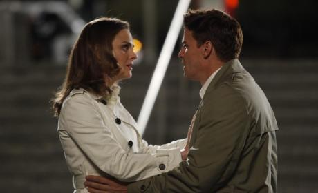 "David Boreanaz Hypes ""Big Shift"" on Bones Season Finale"