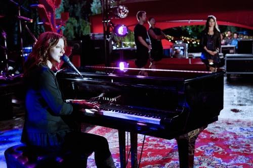 Sarah McLachlan Performance