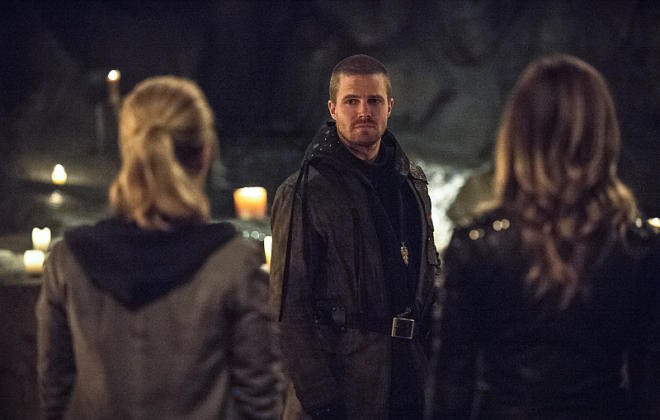"""Arrow Preview: 8 Things to Know About """"This Is Your Sword"""""""