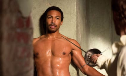 """The Originals: Charles Michael Davis on Being the """"Life of the Party,"""" Not Wearing Clothes, Flashing Back"""