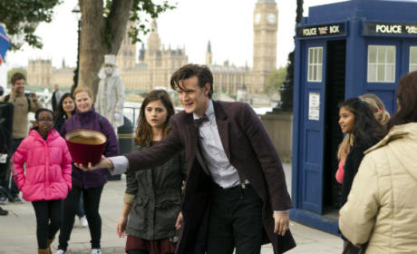 BBC Renews Doctor Who for Season 8